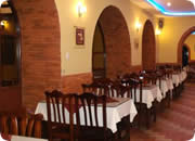 Quito Hotels, Catedral Internacional Hotel restaurant