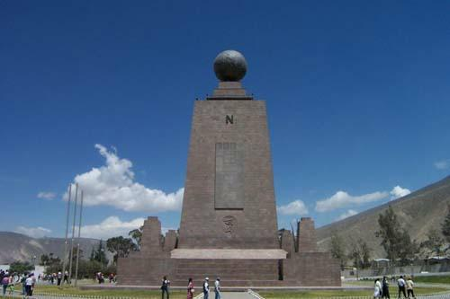 Day 2: Quito: City Tour and Equatorial Monument